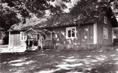 Ett gammalt fotografi: Valingestugan 1947