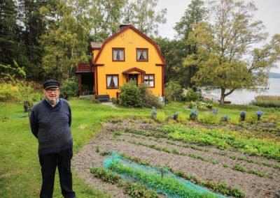 Bertil Johanssons far byggde familjens boningshus i Bergvik där Bertil fortfarande bor kvar än idag. Foto: Johan Bjurer
