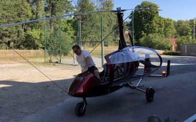 Gyrokopter på skolbesök