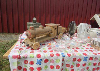 Antika leksaker och prylar hos Anitas Loppis